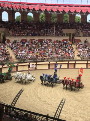 Course de chevaux au Puy du Fou